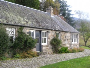 croftcarnoch cottage (1)